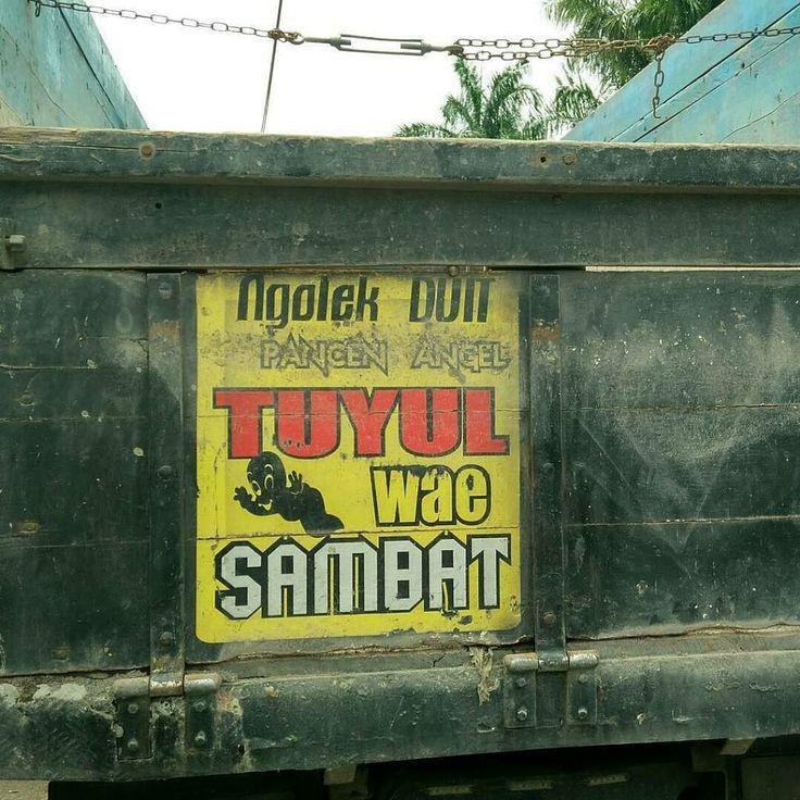 Ngolek duit pancen angel TUYUL wae Sambat. Foto