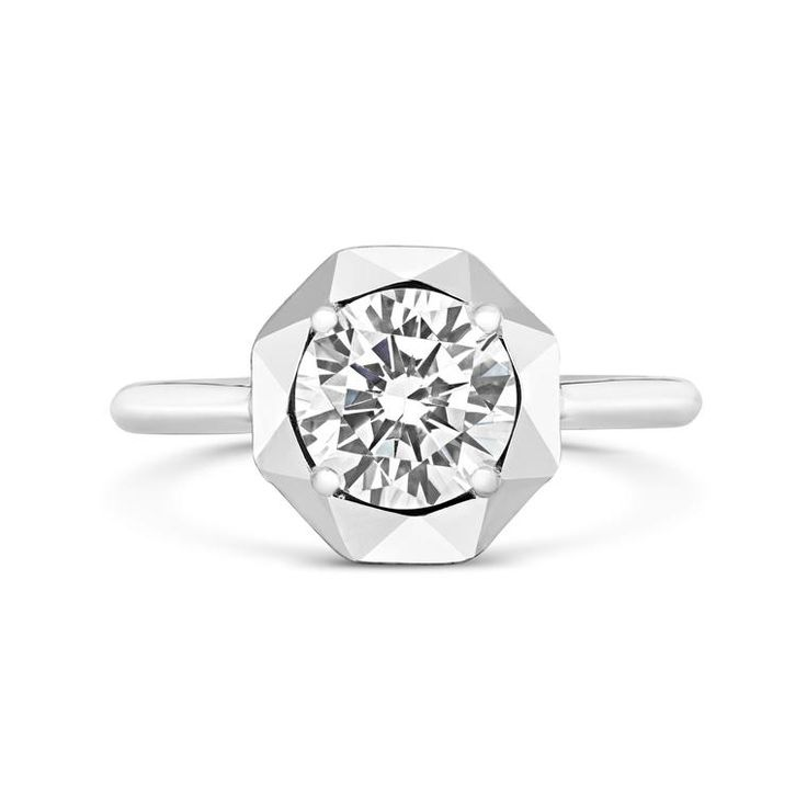 Stella solitaire diamond ring by CRED in Fairtrade white gold, set with a 1.5 carat Canadian diamond. Discover the definitive guide to the only ethical diamonds worth talking about: Canadian diamonds, and the jewellers who are using them, so you can be sure to have a ring with morals. http://www.thejewelleryeditor.com/jewellery/know-how/truth-about-canadian-diamonds-and-how-to-buy/ #jewelry