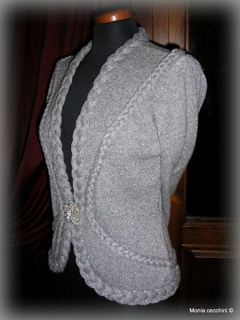 Maglieria, Knitting Machine ...Handmade - realizzata macchina a maglieria  finezza 5 lana misto lurex : NEW MILL spa art: VELOX LUREX  TIT. 13.400  con filati   http://www.filatostock.altervista.org/  https://www.facebook.com/filatipregiatistock?fref=ts