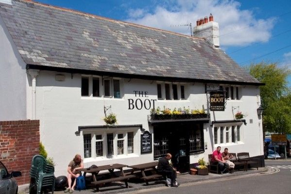 The Boot Inn is Weymouth's Oldest Pub and said to be haunted. Close to The harbour next to the Old Tudor Town Hall it's very popular with visitors and locals.