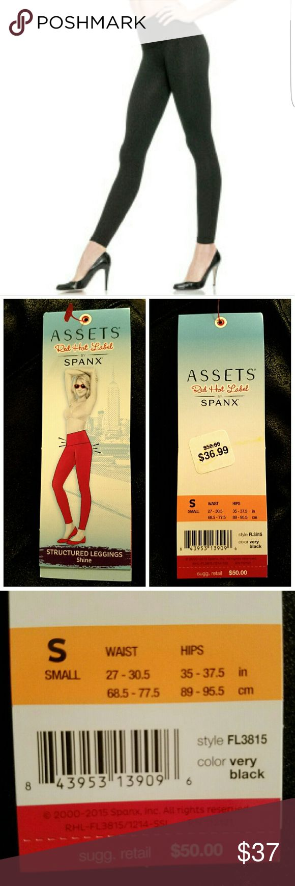 🆕 NWT SPANX Structured Leggings in Black Shine Awesome for fall! NWT SPANX Red Hot Label structured leggings in very black shine. Retail is $50 on these. Your chance to get quality leggings at a great price.Super sexy textured finish and built in tummy support! These will be your favorite leggings this fall! SPANX Pants Leggings