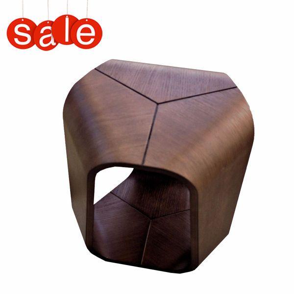 Tavolino Infinity - design Enrico Cesana - Busnelli