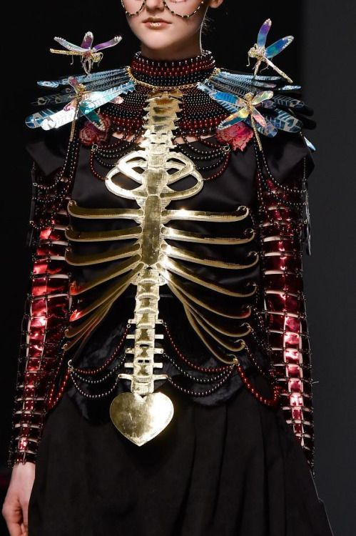I don't know why I added this to Vaudeville, but it's certainly majorly cool. N Manish Arora Fall/Winter 2015