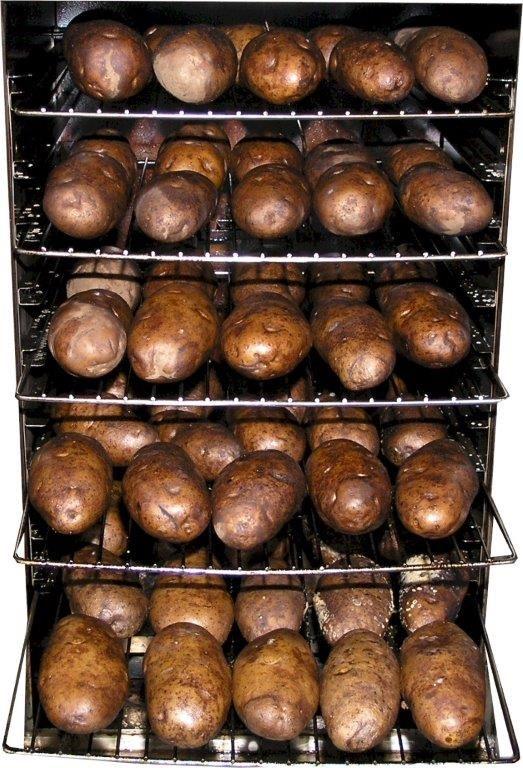 Got company coming?! Smoked #bakedpotatoes are a crowd pleaser! http://smokintex.com/ #potatoes #bbq #smokedfood #electricsmokers #dinner #smokygoodness #Thanksgiving