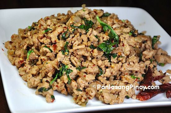 Basil Chicken is a popular spicy Asian recipe. This is usually prepared using ground chicken – although there are some recipes that call for finely chopped chicken breasts.