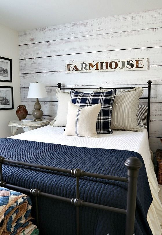 35+ Creative Ways To Decorate Rustic Farmhouse Bedroom Things I