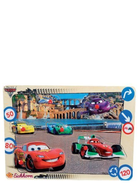 Autot 2 -nuppipalapelissä on 9 palaa. Miltä paikalta Salama starttaa kilpailuun, entä Francesco Bernoulli?