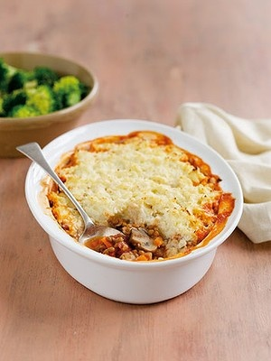 Michelle Bridges' Lentil Shepherd's Pie -- no potatoes! Might have a go at veganising this (replace ricotta with firm tofu, parmesan with nooch?)