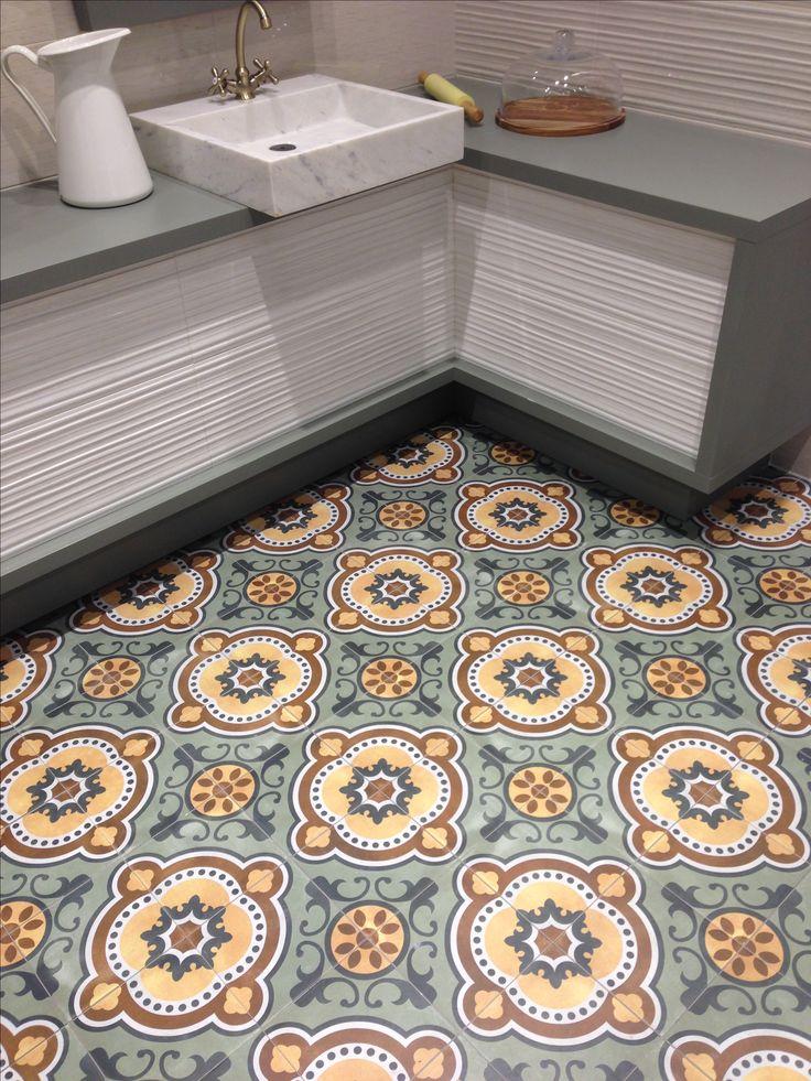 Mikä lattia 😍 #kylpyhuone #lattialaatta #bathroom #floor