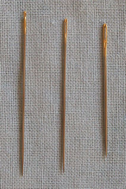 Sashiko needles: left - traditional sashiko needle; middle - modern sashiko needle;  right - 1mm embroidery needle.