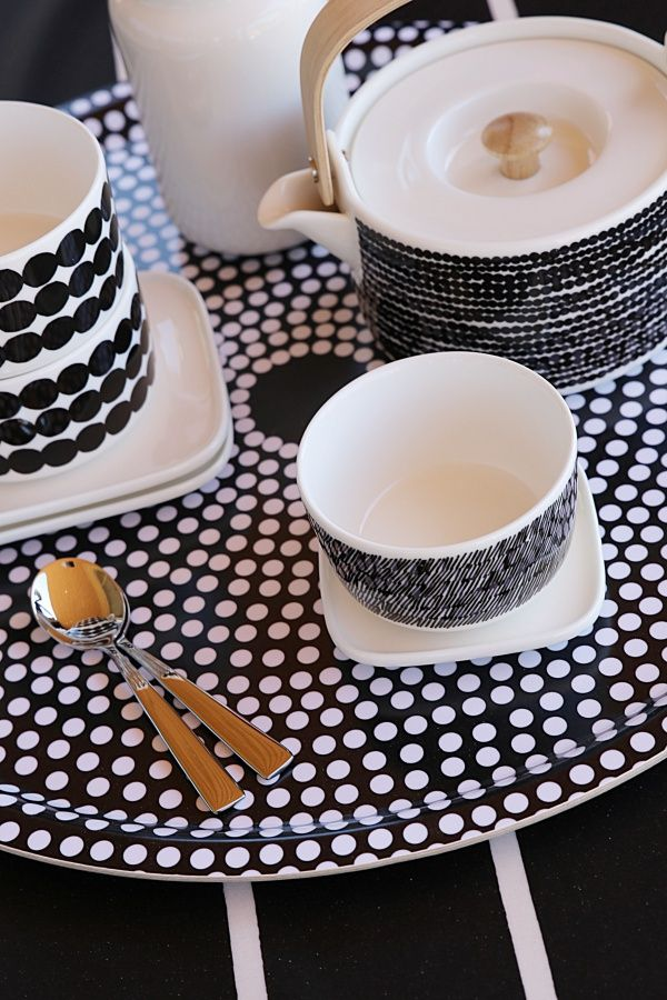 marimekko Focus Tray with Rasymatoo mugs and bowls, cool.