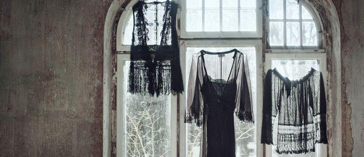 På Sirkus shopping legger vi opp kjoler og skjørt for Noa Noa - slik at de passer perfekt til kunden.