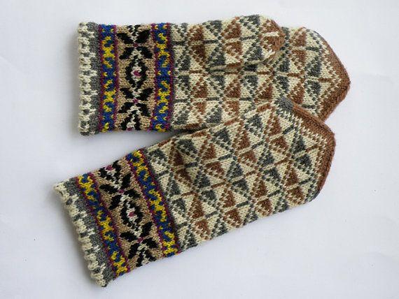 handicraftart_ hand knitted warm wool mittens from riga
