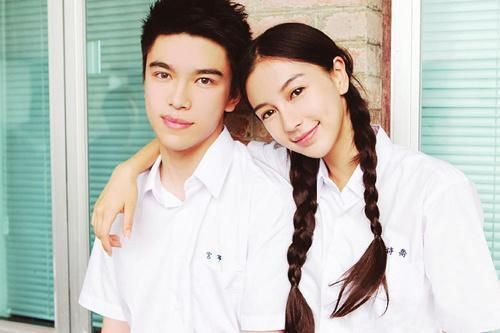 Angelababy and her brother. aww