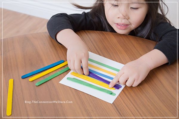 Color & pattern matching game for kids popsicle sticks with FREE printable download