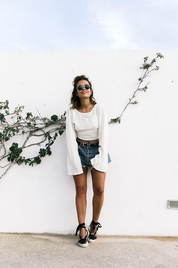 Levis_Vintage-Shorts-Denim-Open_Back_Top-Castaner_Espadrilles-Outfit-Formentera-Summer_Look-.  Espadrilles ...