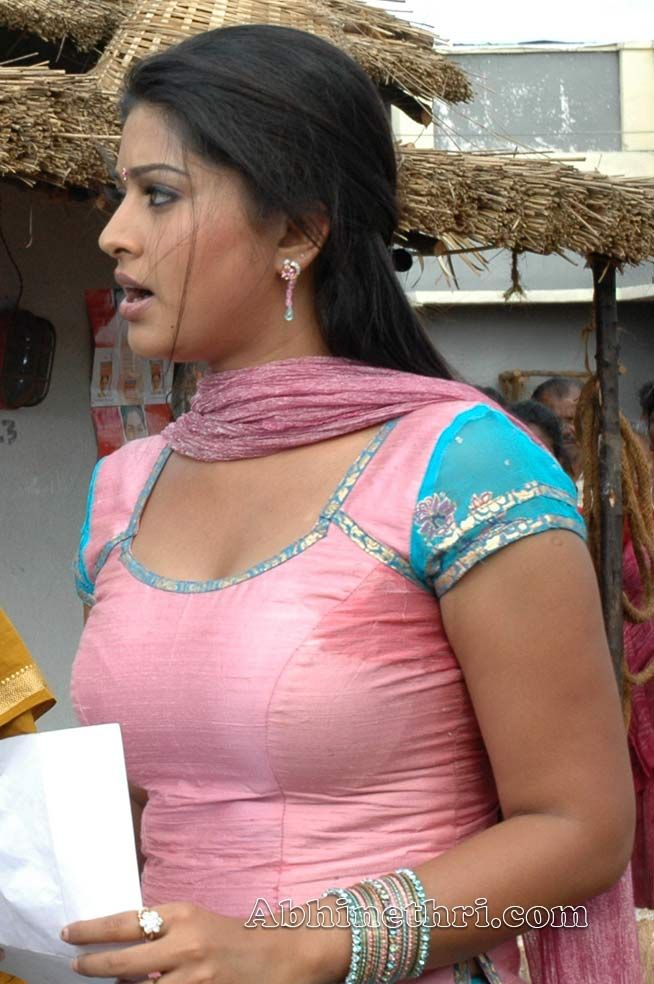 boobs Sneha in