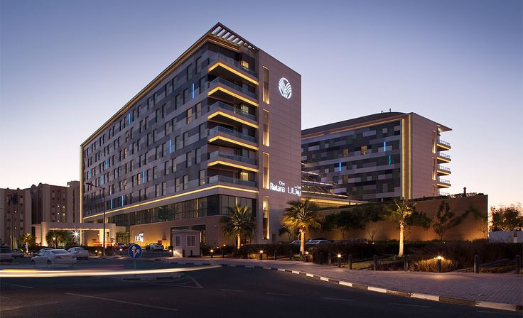 #OryxRotana is one of the best #dohahotels, strategically located close to Hamad International Airport in #Doha and a few minutes away from the city centre, corniche and business district. This 5-star hotel is within close proximity of #DohaFort and Al Khoot Fort. #stay #wonderlust #luxury