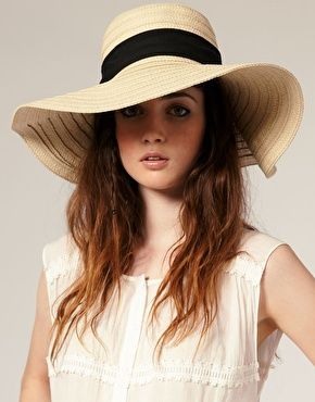 I want to make a floppy hat like this with dark blue denim and with a white band instead of a black one