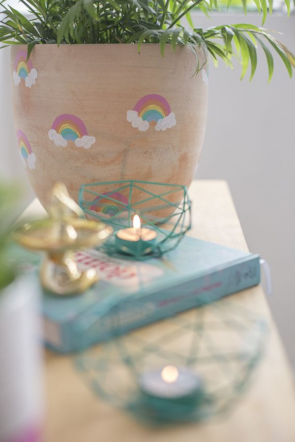 DIY Rainbow plant pot