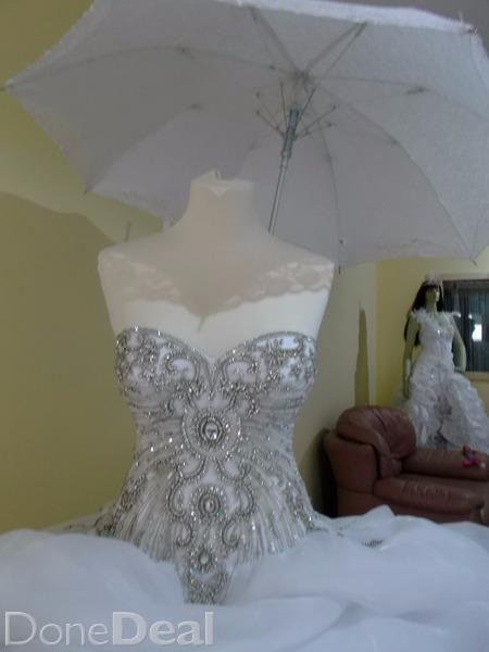 Wedding dresses Lady White