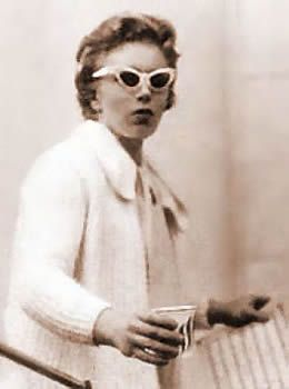 Carol Kaye - in your bass!  Music, Jazz, Electric Bass, Bass, Guitar, Jazz Guitar, Bass Guitar, Female Musician, Studio Musician, 60's Hits, Hit Records, Most Recorded Bassist, Bass Lines, Tutors, Educational, Music Teacher, Music Books, Music Videos, Music CDs