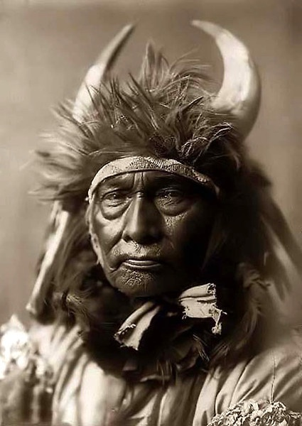 Native american, indian, horns, outfit, fashion, culture, history, photograph, photo, vintage, sapira