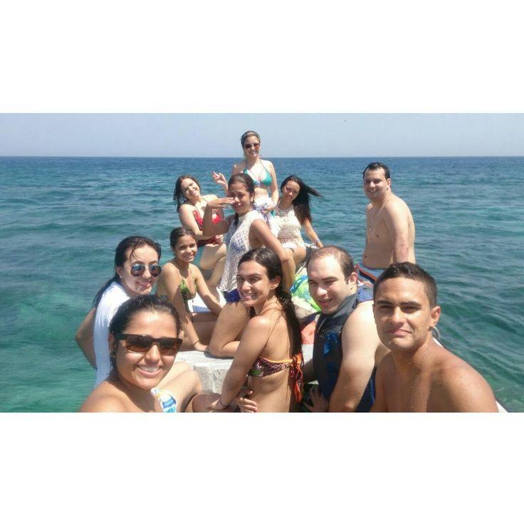 En el mar, la vida es más sabrosa! En el mar, todo es felicidad!!!