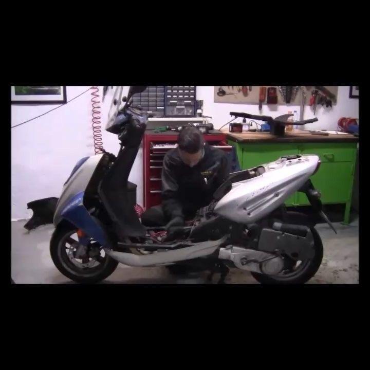 """Monda Motors Video """"7 ore di lavoro in 1 minuto di video""""      Restauro di CPI Oliver 125.  Da pezzo di rottame a mezzo completamente restaurato!  Facebook: Monda Motors di Marco Mondini  #Restauri #Riparazioni #Garage #officina #MondaMotors #moto #scooter #tuning #motociclismo #meccanica #mechanic #repair #diy #faidate #motorcycles #motorcyclerestoration #motorcyclerepair #moped"""