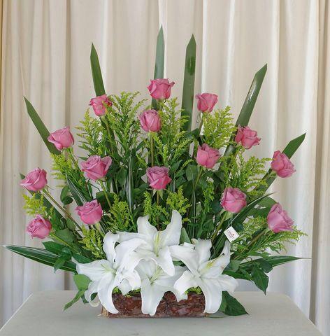 Las 25 mejores ideas sobre arreglos florales grandes en for Arreglos de rosas sencillos