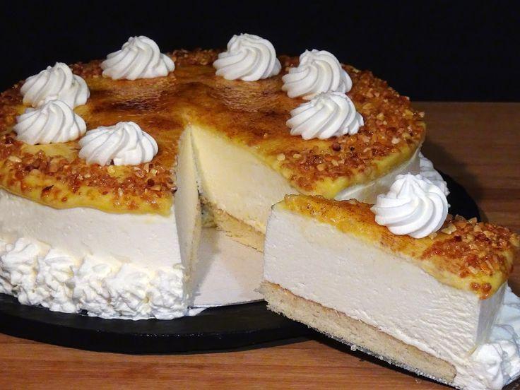 Tarta helada al whisky, riquísima y totalmente casera, una tarta ideal para el final de una comida o cena de fiesta, pruébala no lo dudes porque es una pura delicia!!  (Si te gustan mis recetas dale a ME GUSTA y comparte)   Receta en mi Blog: http://lacocinadelolidominguez.blogspot.com.es/2015/08/tarta-helada-al-whisky.html Videoreceta en You Tube: https://www.youtube.com/watch?v=2LsG8TEBB
