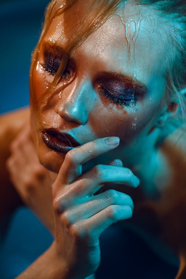 Underwater Beauty Makeup: Kosovan Tanya  Photographer: Marina Look Model: Alina Vertinskay #Makeup #Beauty #MakeupArtistsMeet