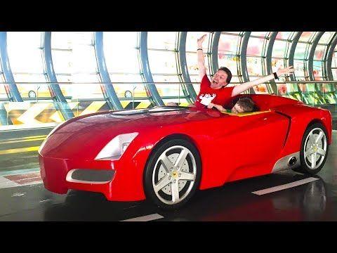 Los niños malos aprenden colores con Lightning McQueen Car y el gigante Chupa Chups - YouTube
