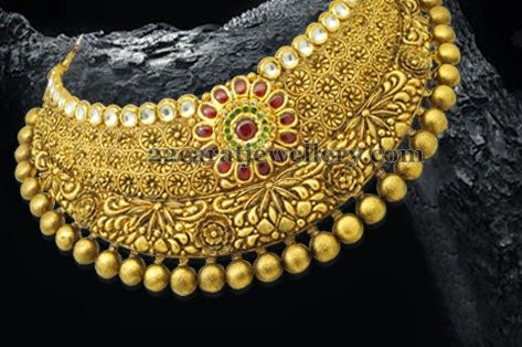 Broad Collar Choker in Gold | Jewellery Designs