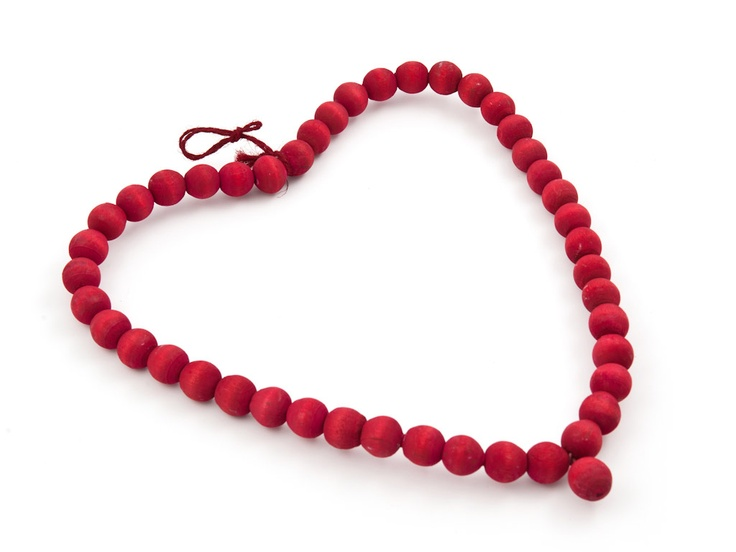 Valentine's Day accessories to create the right setting | Red Bauble Heart Med | R19.99