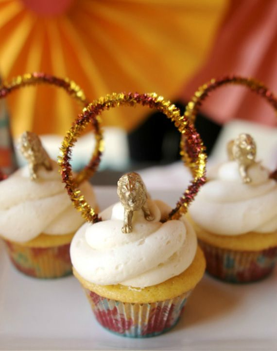 Circus cupcakes in Decoration stuff for cupcakes and muffins