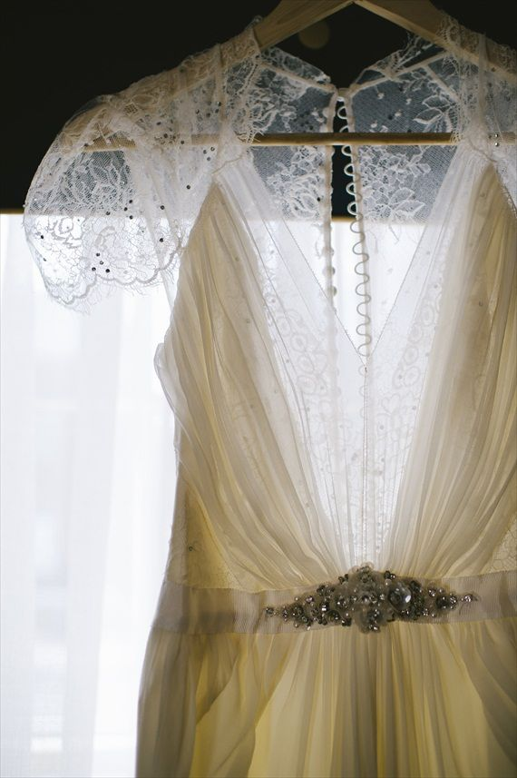 Nice Aspen by Jenny Packham purchased at Everthine Bridal Boutique Vintage Wedding Real Wedding New Haven Connecticut Michelle Gardella Photography