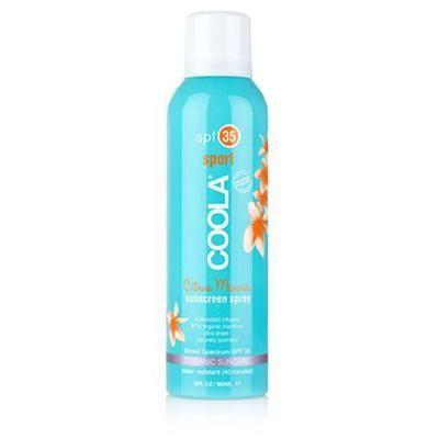 Coola SunCare Continuous Spray SPF 30 Citrus Mimoosa - Spray solkremen på når du er på farten. Klar spray med naturlig citrus mimoosa duft. Samtidig som den gir god beskyttelse med faktor 35, og pleier, reparerer og fukter huden.   Inneholder 97% sertifiserte økologiske ingredienser som agurk, alger, og jordbærekstrakt. Bringebær inneholder også olje, som er en naturlig solkrem og virker anti-inflammatorisk. Solkremen er også rik på Omega-3 og 6.