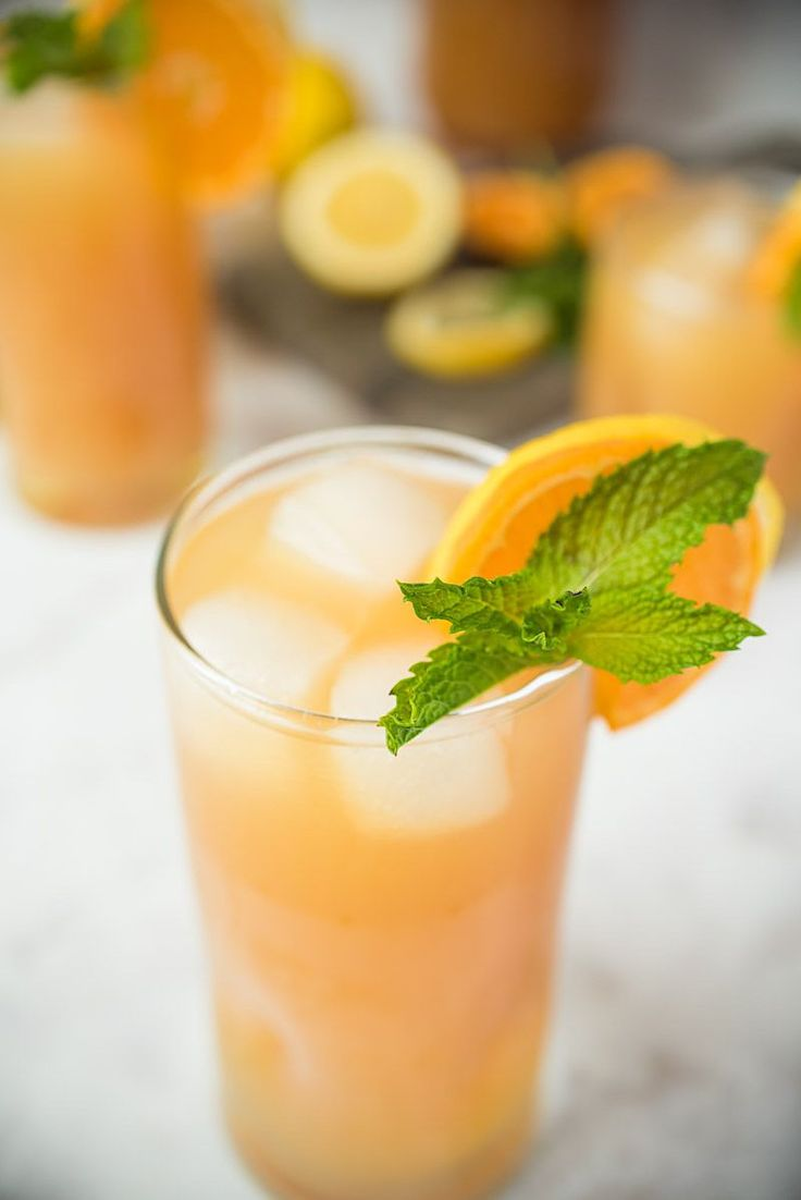Earl Grey lemonade is a perfectly refreshing and easy drink to keep you cool all summer long. Earl grey tea with its bergamot orange infused flavor is mixed with fresh lemonade for a tart, tangy, delicious drink.