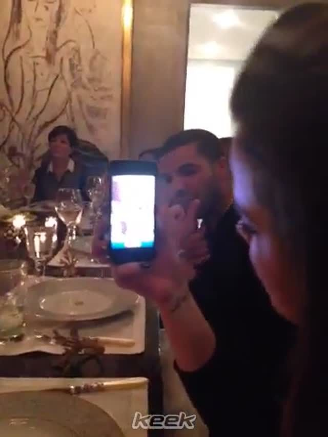 Kanye West and Drake have dinner with Kardashian F...