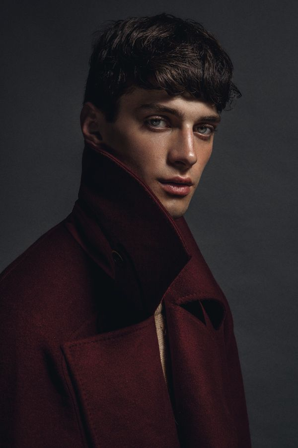Matthew Bell, ph by Philip Neufeldt.