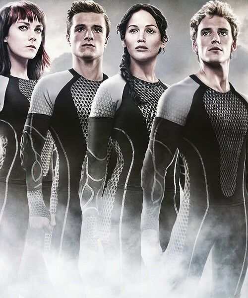 Johanna, Peeta, Katniss & Finnick #catchingfire | Movie ...
