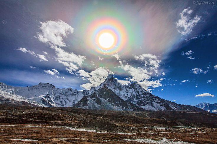 Solar Halos, Sun Dogs, Sun Spokes, Rainbows - Crystalinks
