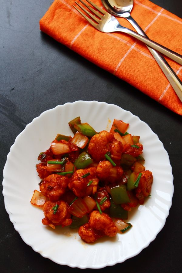 chilli gobi is a tasty and easy to make snack recipe. chilli gobi can be served as a starter or as a side dish with rice and chapati