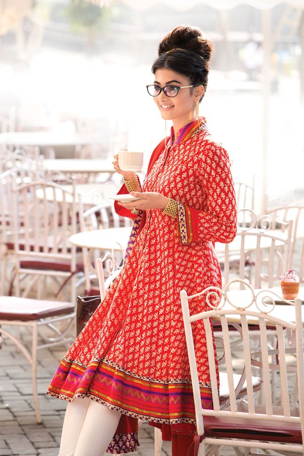 This asymmetric signature Biba kurti with Jaipuri booti cotton block print is lovely!