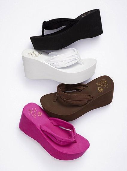Canvas Platform Flip-flop - Colin Stuart® - Victoria's Secret