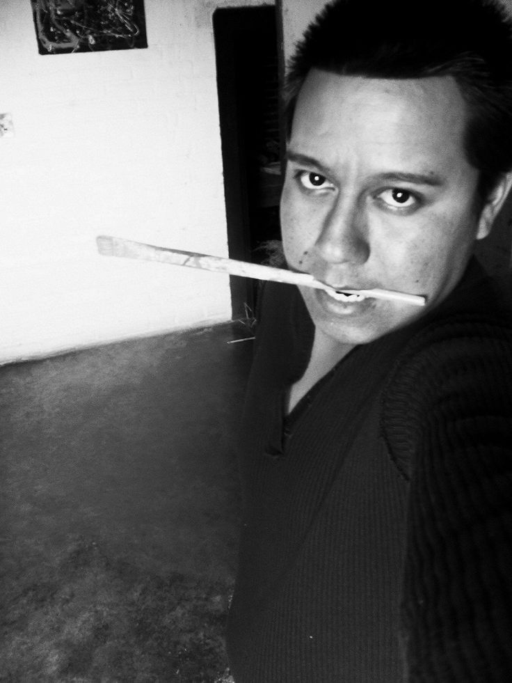 Bernardo Santiago Angeles, Self-portrait, c.2010. (© Santiago).