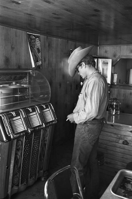 James Dean at a jukebox... if this picture could talk . . .