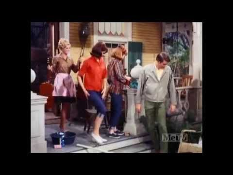 Petticoat Junction - Kate's Homecoming - S5 E30 - Part 1 - YouTube