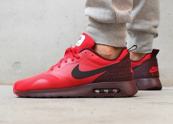 Nike Air Max Tavas Red